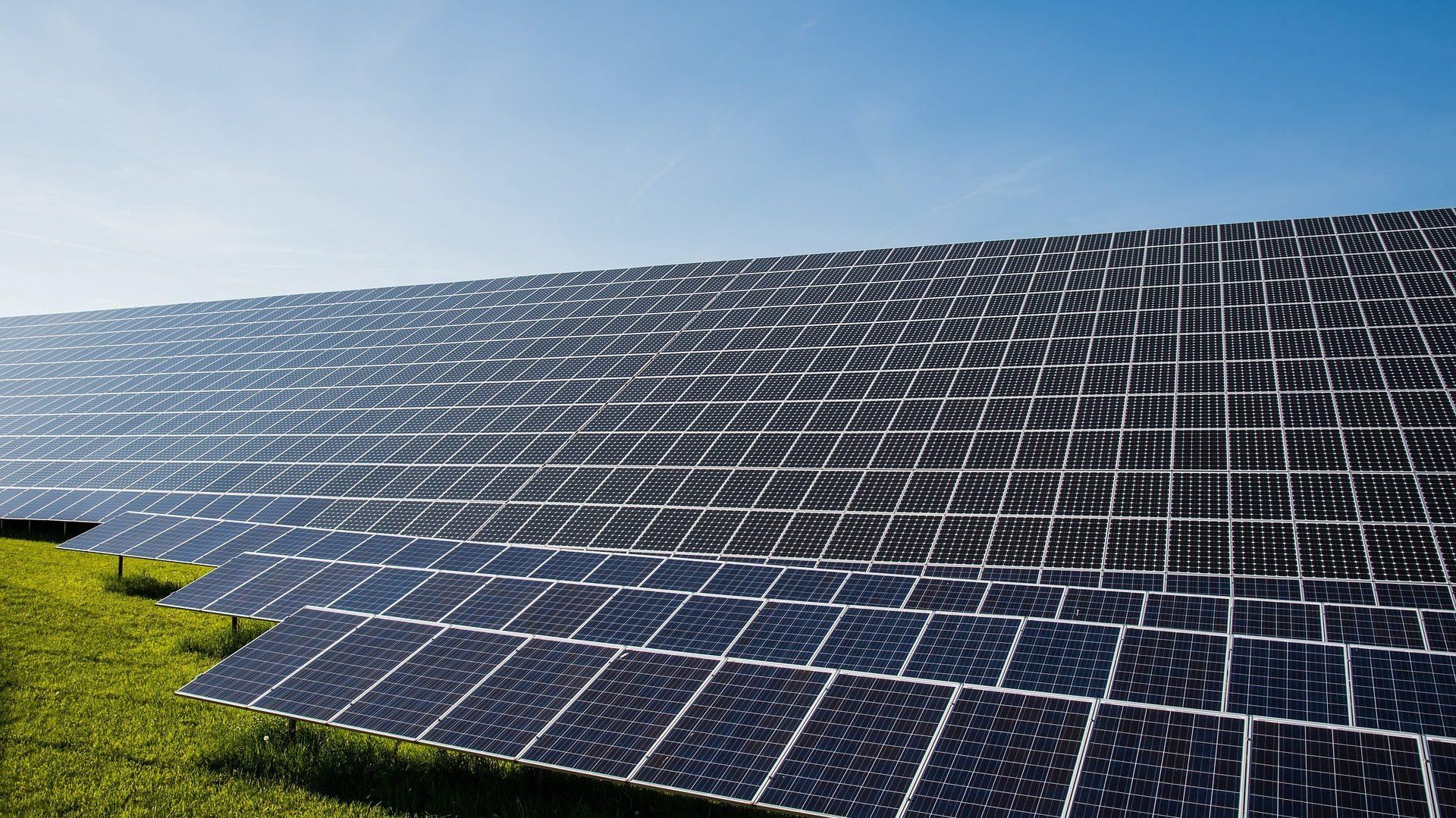 hundratals solceller